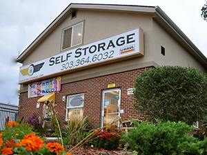 Superbe Looking For A Place To Store Your Seasonal Decorations? Relocating Overseas  For A New Job Or For A Temporary Assignment? How About Storage To Make Room  ...